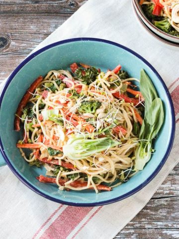 Bowl of veggie lo mein.