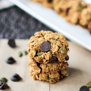 Crunchy Pumpkin Oatmeal Chocolate Chip Cookies