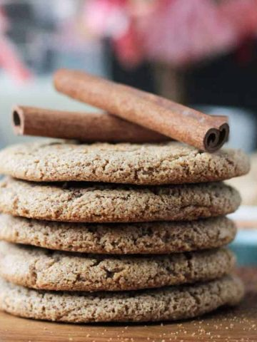 Stack of 5 thin cookies.
