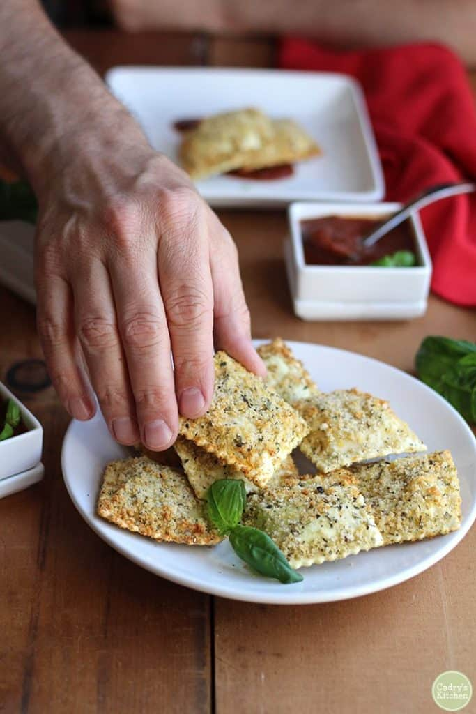 Vegan Appetizers: Vegan Fried Ravioli