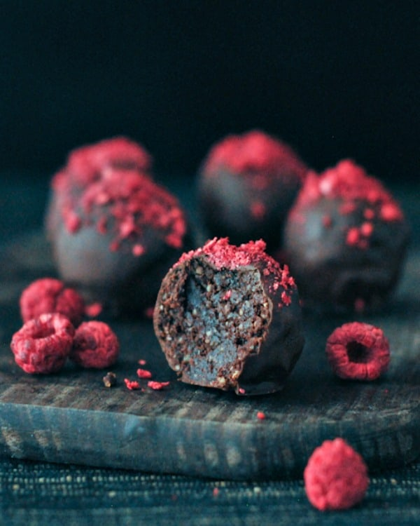 Vegan Chocolate Recipes: Raspberry Dusted Chocolate Fudge Brownie Truffles