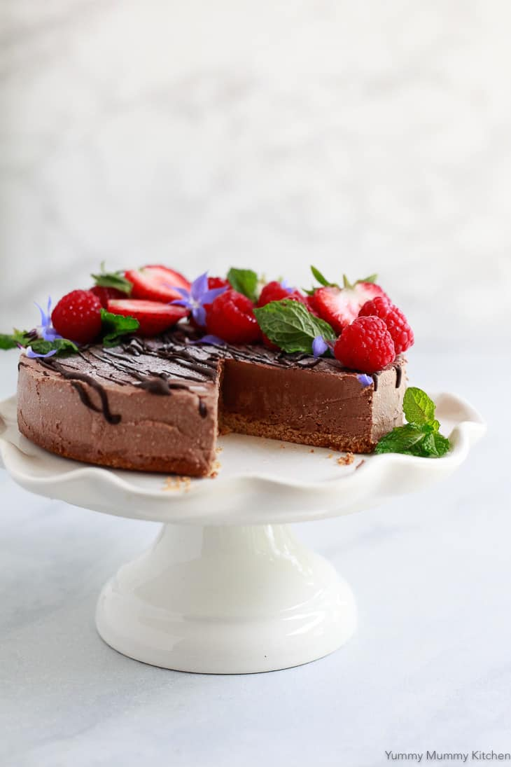 Vegan Chocolate Recipes: No Bake Chocolate Cheesecake