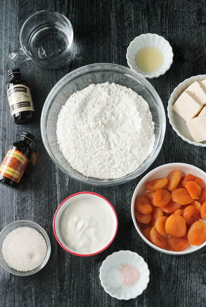 Individual ingredients used to make vegan kolaczki
