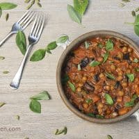 Chickpea Curry in 15 Minutes